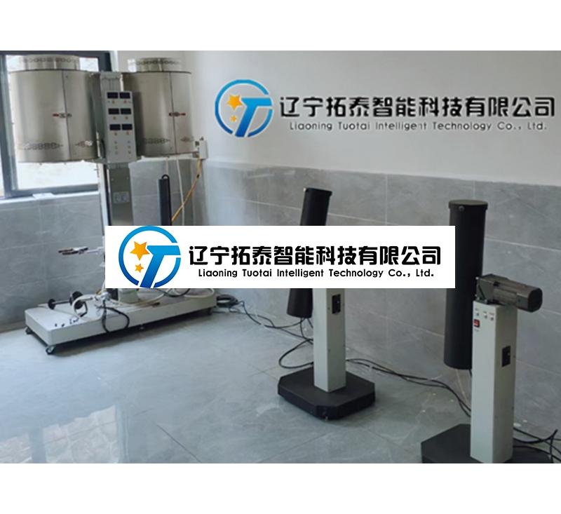 TT-D22三段底装双炉反应性
